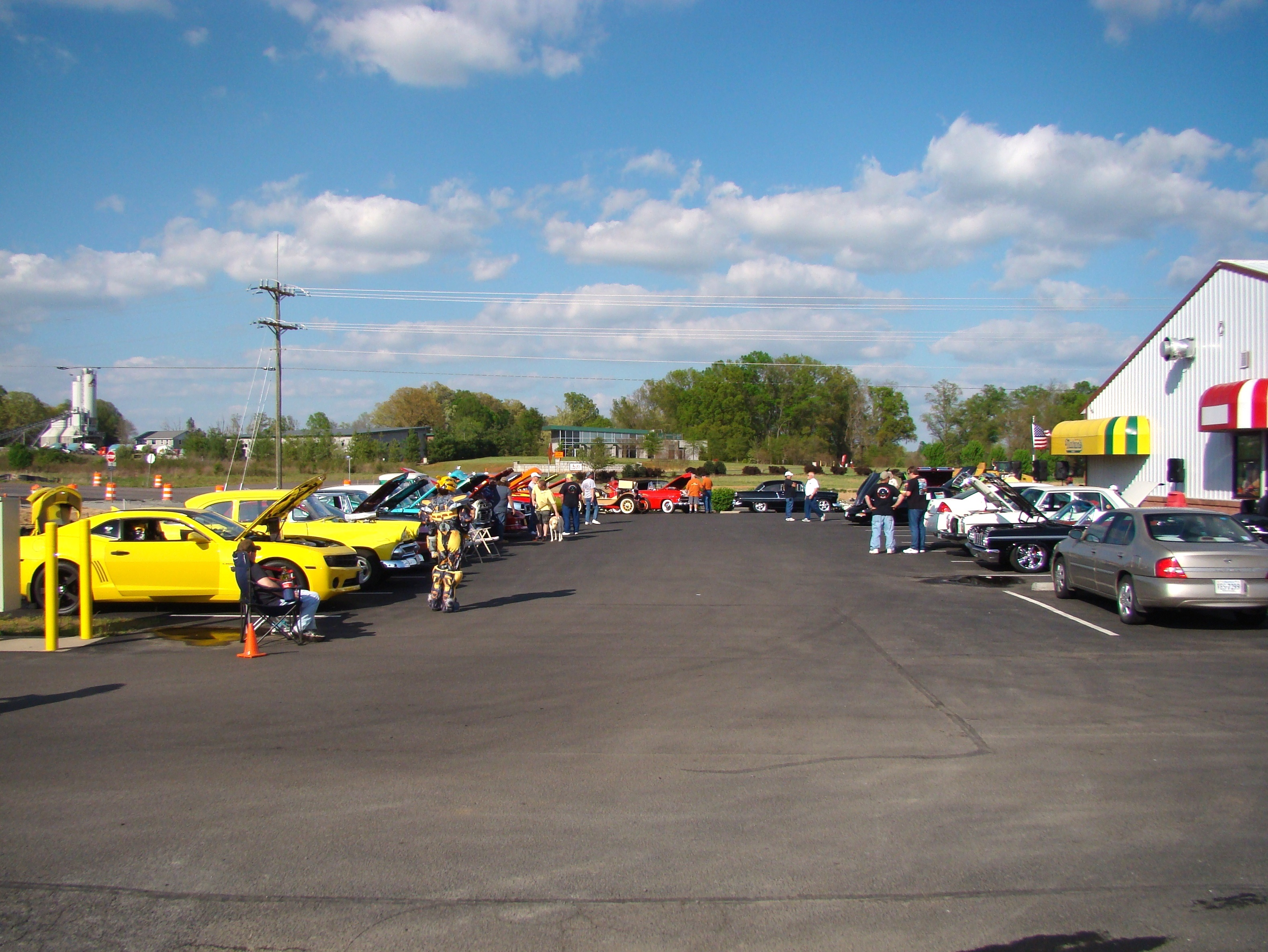 Cruisin-For-Heroes-Monthly-Brusters-Cruise