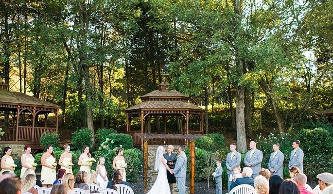 Inn-at-Kellys-Ford-Weddings