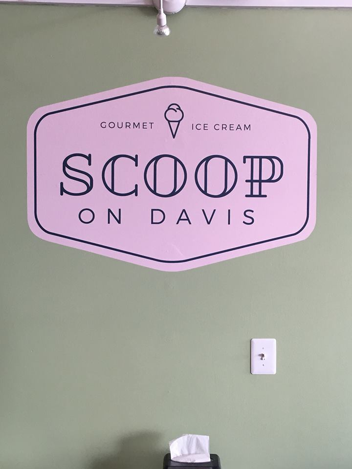Scoop-on-Davis